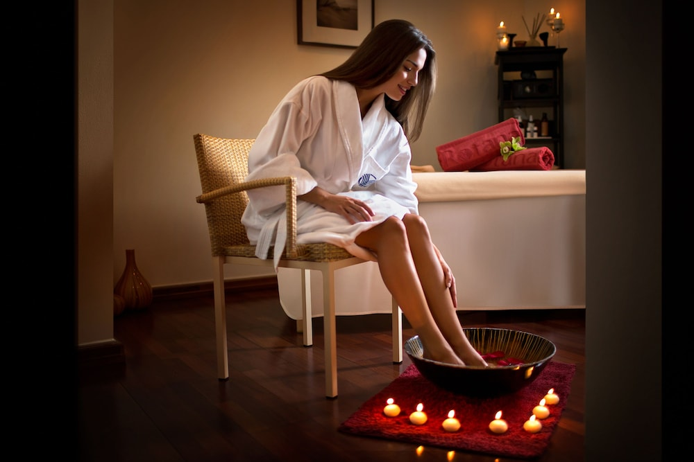 Spa Treatment, Rose Rayhaan by Rotana