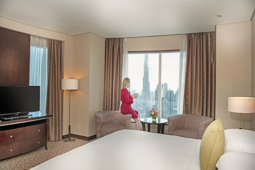 City View, Rose Rayhaan by Rotana