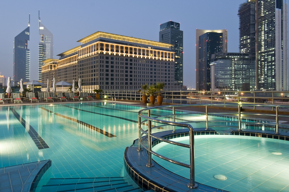 Pool, Rose Rayhaan by Rotana