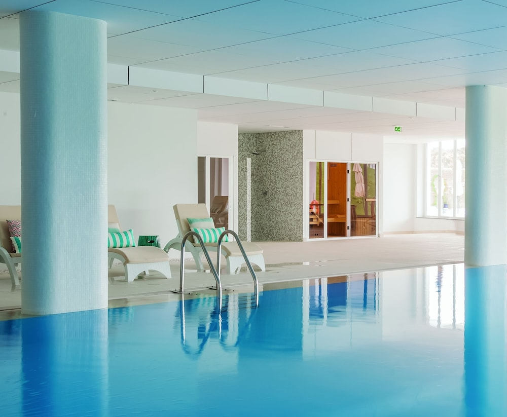 Indoor Pool, MH Peniche