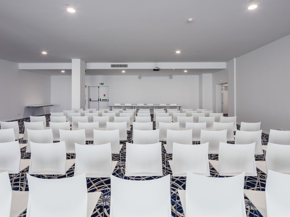 Meeting Facility, MH Peniche
