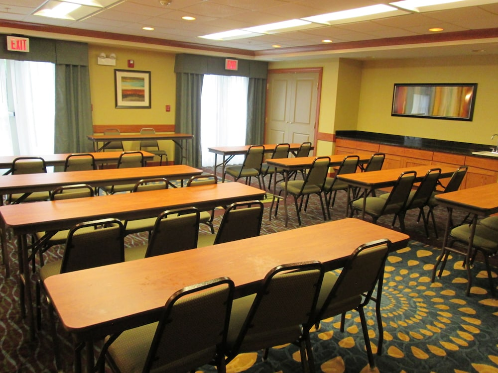 Meeting Facility, Holiday Inn Express & Suites Chicago West-Roselle