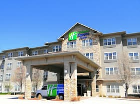 Holiday Inn Express & Suites Chicago West-Roselle, an IHG Hotel