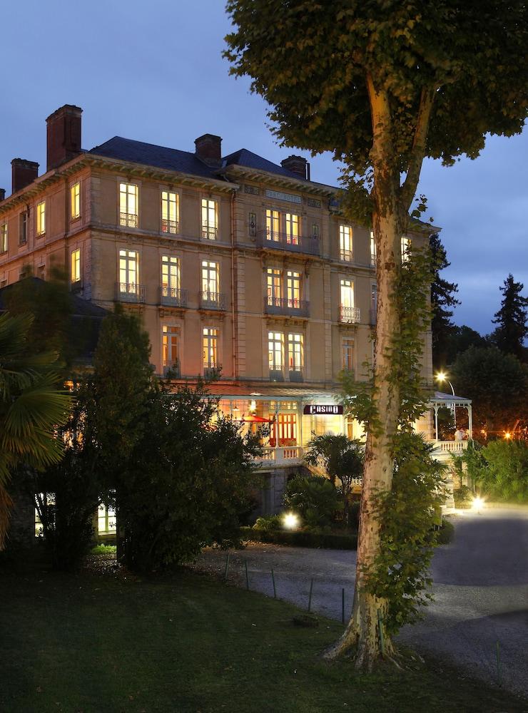 H tel du parc in salies de bearn hotel rates reviews for Hotel du parc