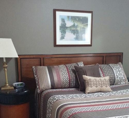 Nauvoo Vacation Villas & Condos (USA 2227688 4.7) photo