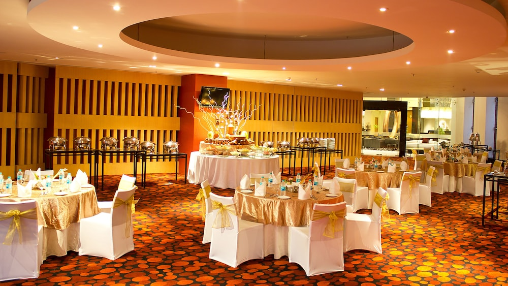 Banquet Hall, The Oterra Bengaluru Electronics City