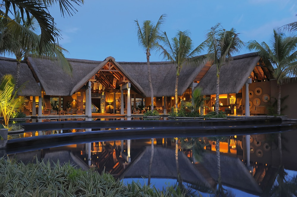 Front of Property - Evening/Night, Trou aux Biches Beachcomber Golf Resort & Spa