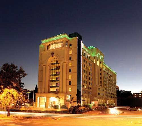 Holiday Inn Sandton, Rivonia Road