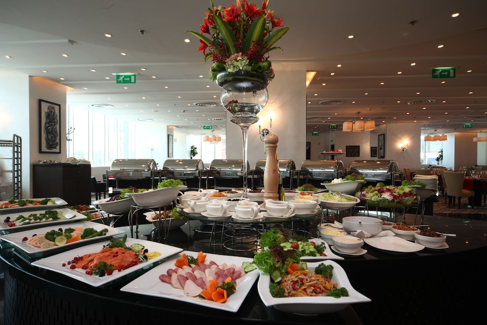 Breakfast buffet, Novotel Riyadh Al Anoud