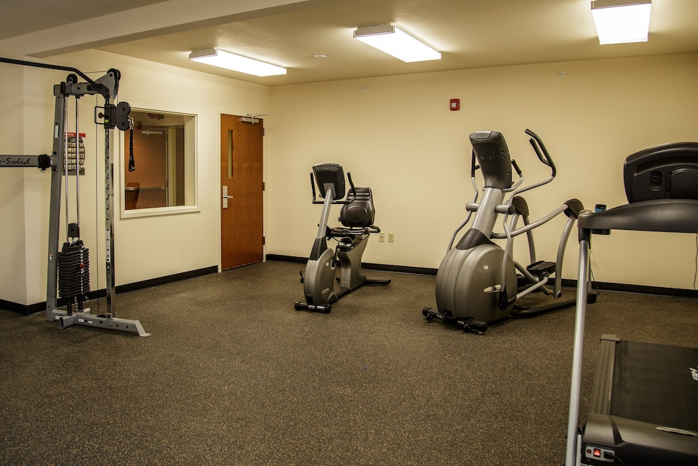 Fitness Facility, Richland Inn & Suites