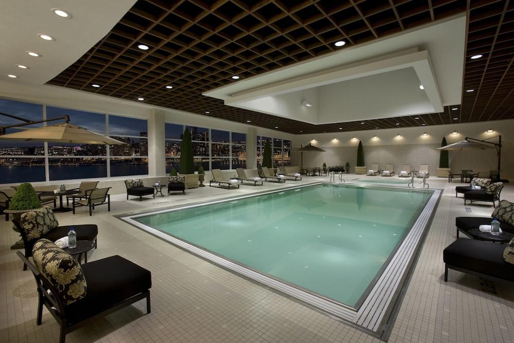 Caesars Windsor Pool