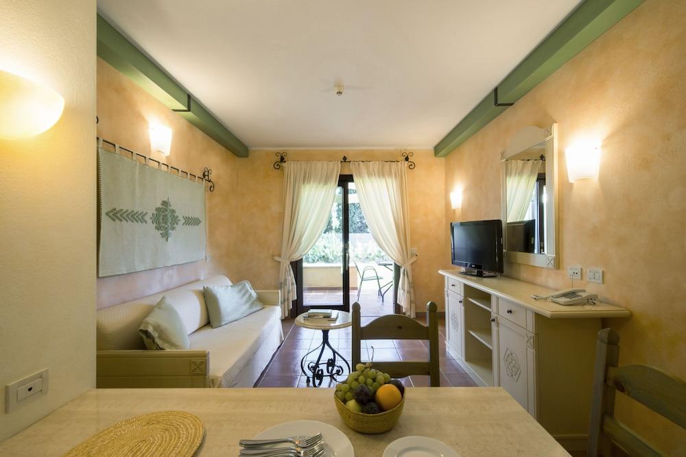 Lantana Resort Hotel Apartments Pula