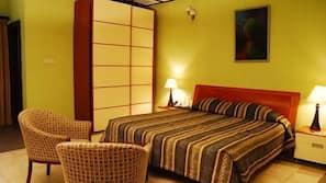 Premium bedding, Select Comfort beds, blackout drapes