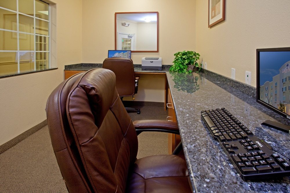 Business Center, Candlewood Suites La Porte, an IHG Hotel