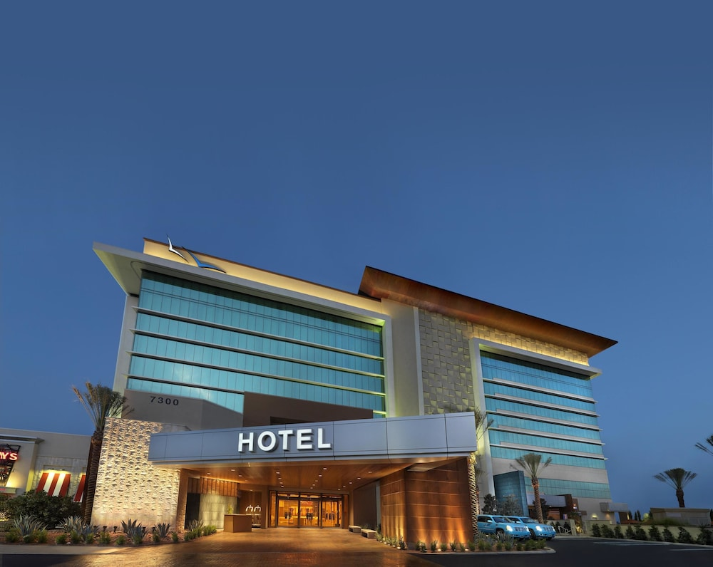 Front of Property - Evening/Night, Aliante Casino & Hotel