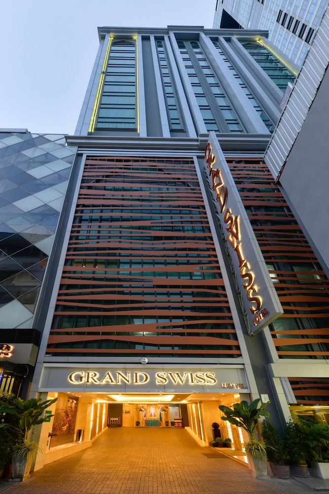 Property Entrance, Grand Swiss Hotel Sukhumvit 11