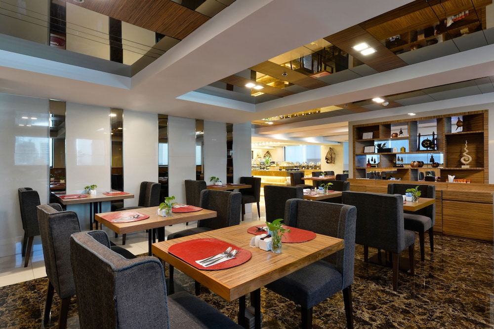 Restaurant, Grand Swiss Hotel Sukhumvit 11