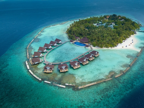 5d9eb3fde3ea0 Maldives Vacation Packages: Bundle & Save up to $C634 in 2019 ...