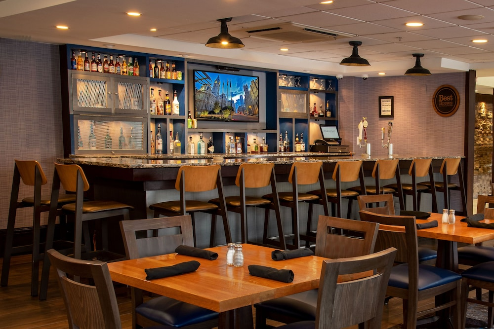 Restaurant, Four Points by Sheraton Philadelphia City Center