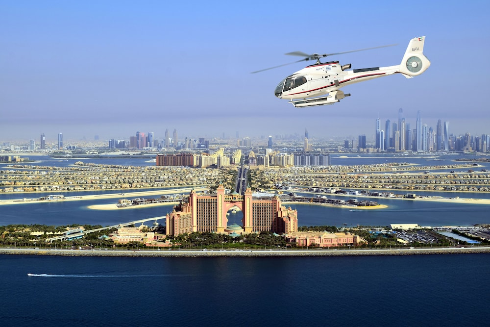 Helicopter/Plane Tours, Atlantis The Palm