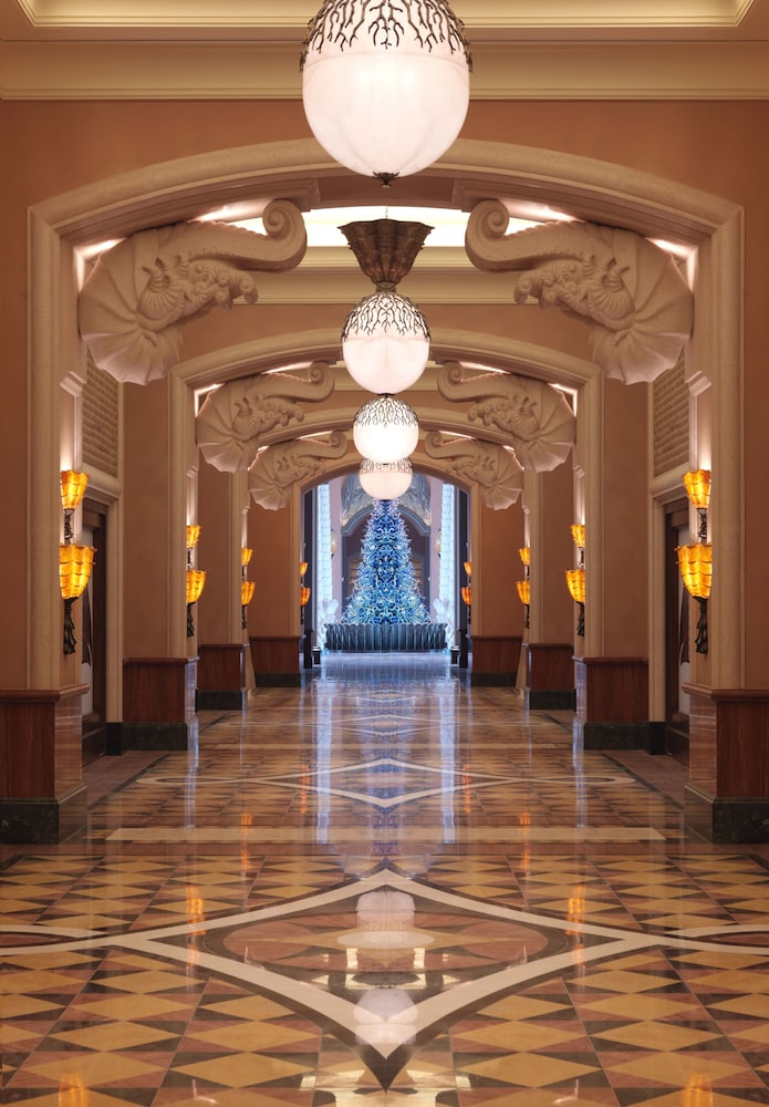 Hallway, Atlantis The Palm