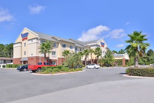 Check Expedia for Availability of Fairfield Inn & Suites by Marriott Kingsland