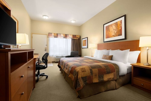 Ramada by Wyndham Drayton Valley
