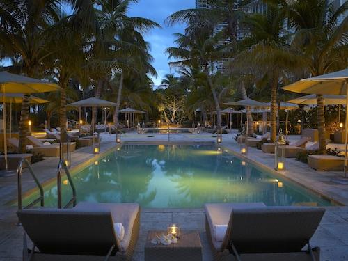 Miami Hotels Cheap Miami Hotel Deals Travelocity - Cheap trips to miami