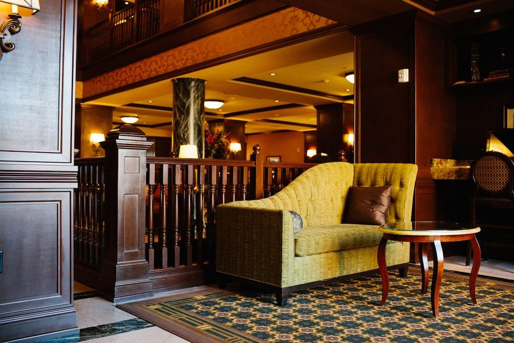 Hotel julien dubuque deals