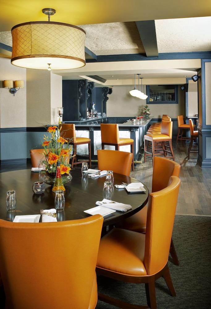 Dubuque casino restaurants