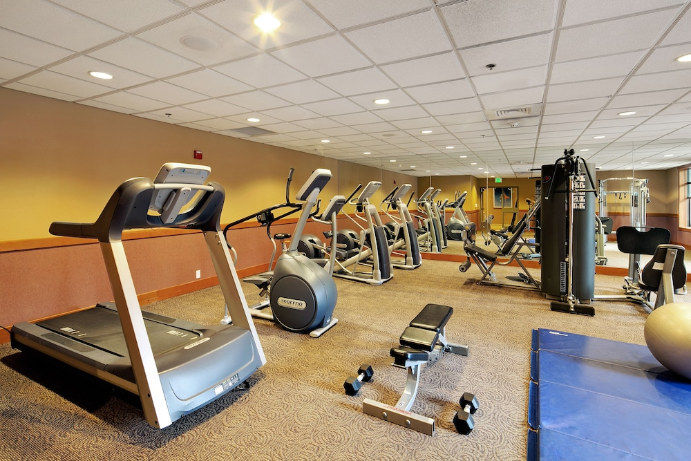 Gym, The Village Lodge