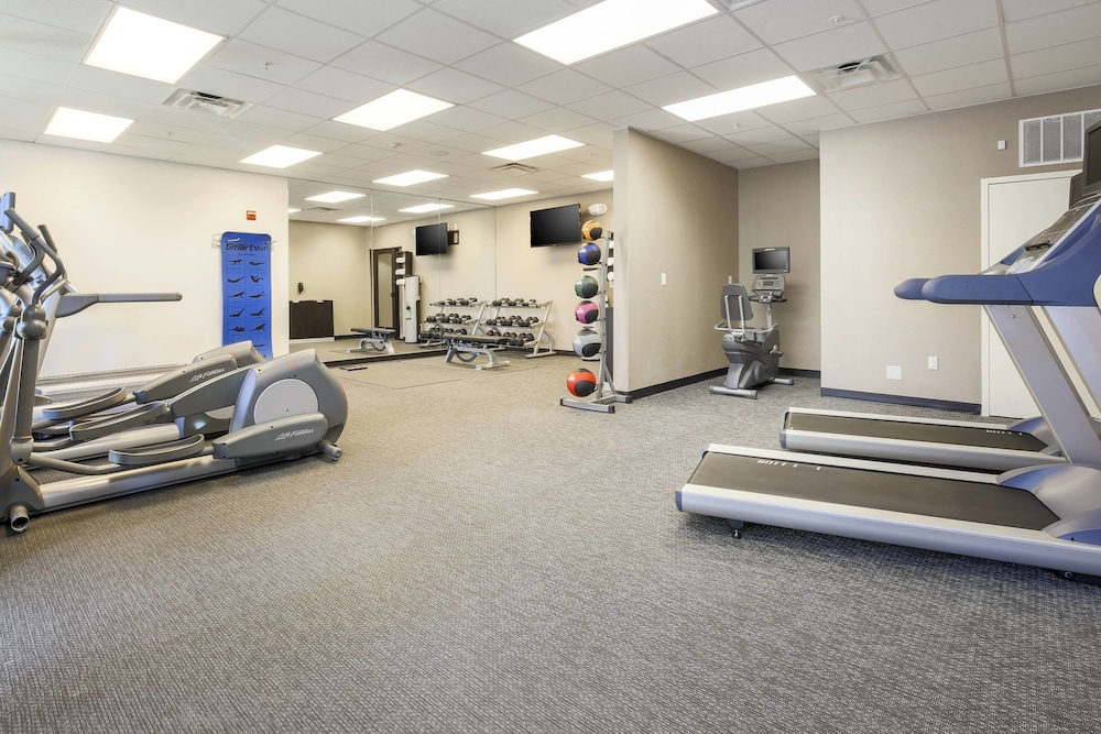Fitness Facility, Courtyard by Marriott Dallas Arlington South