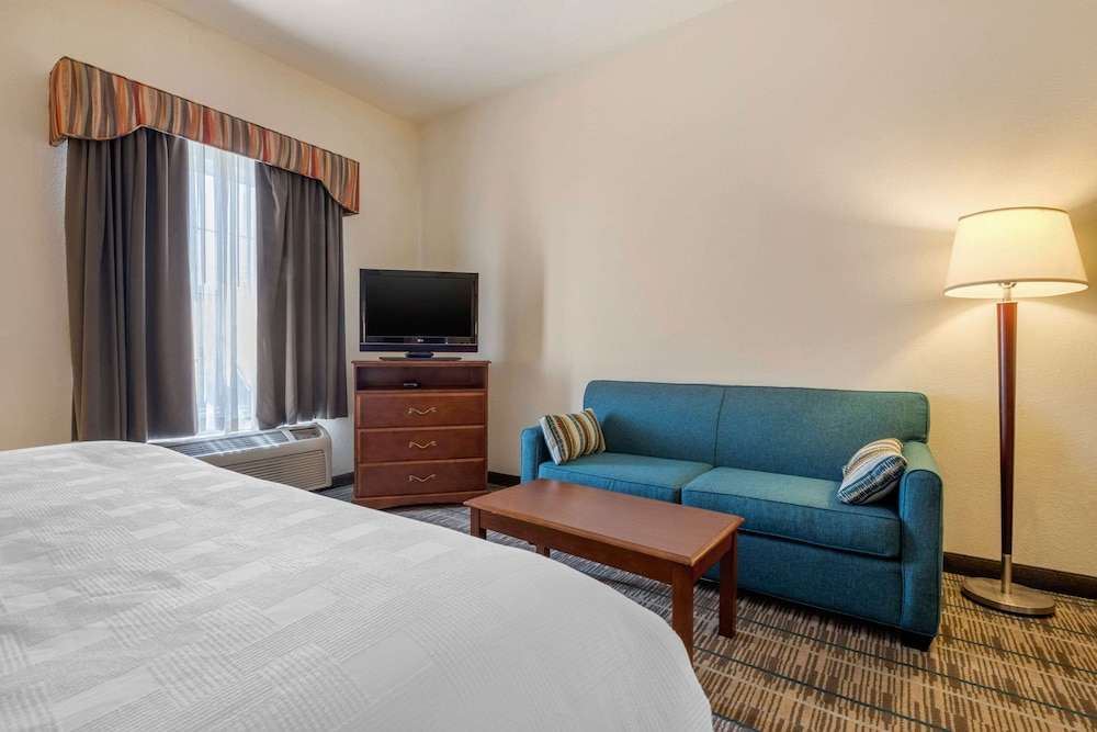 Room, MainStay Suites Grantville - Hershey North