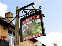 The Hollow Bottom Inn (3 of 15)