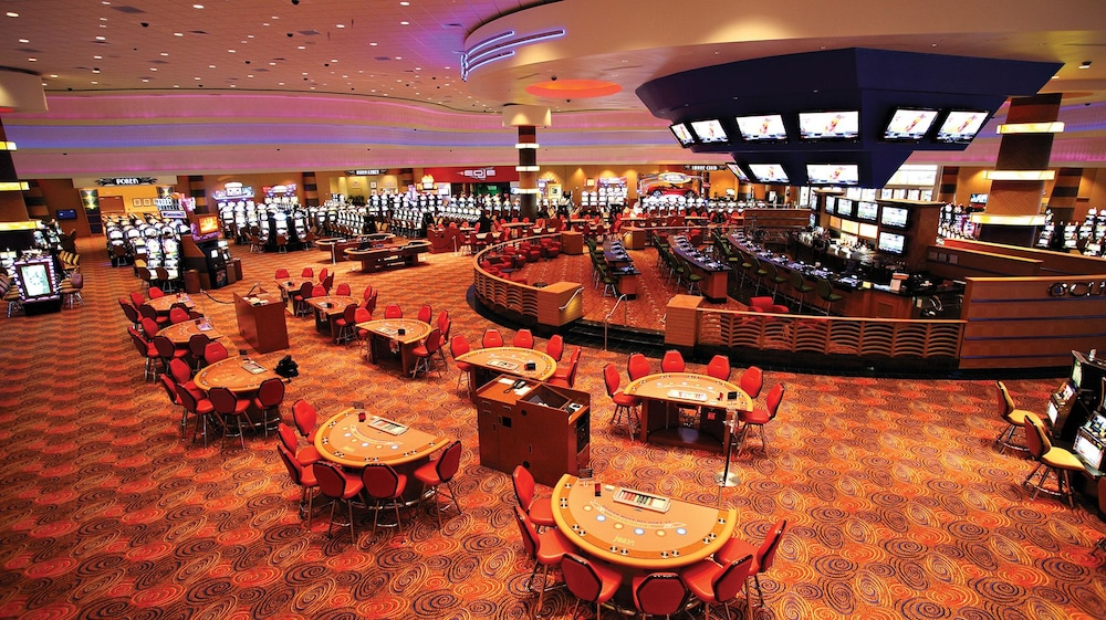 Casino rentals maine black river falls majestic pine casino