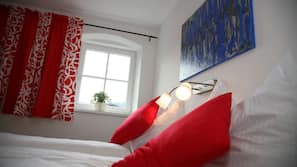 Select-Comfort-Betten, Schreibtisch, Bügeleisen/Bügelbrett