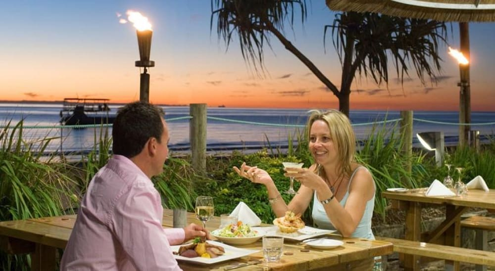 Outdoor Dining, Tangalooma Island Resort