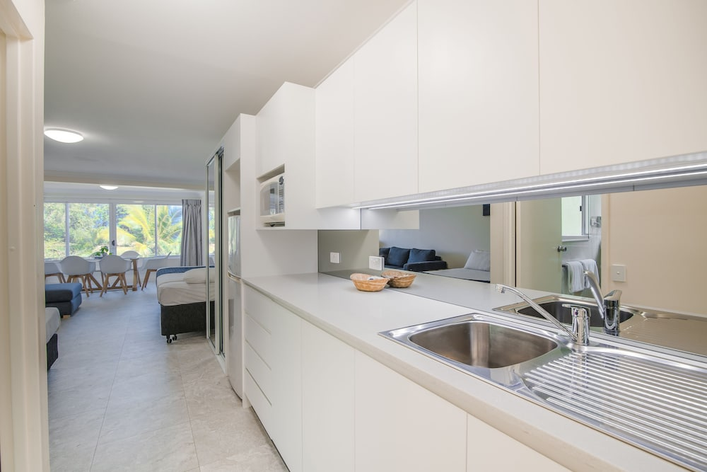 Private Kitchenette, Tangalooma Island Resort