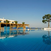 Kinetta Beach Resort & Spa - All Inclusive