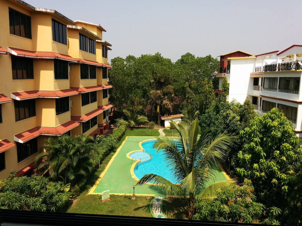 Property Grounds, Goan Clove Apartment Hotel