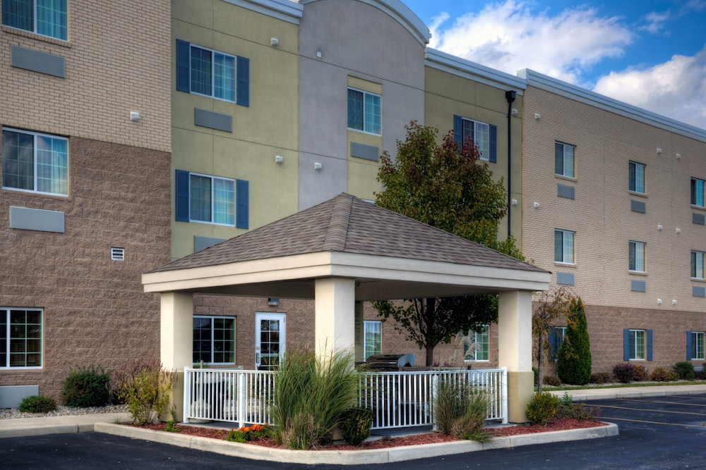 Exterior, Candlewood Suites Perrysburg, an IHG Hotel