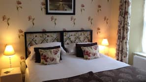 Egyptian cotton sheets, free WiFi, bed sheets, wheelchair access