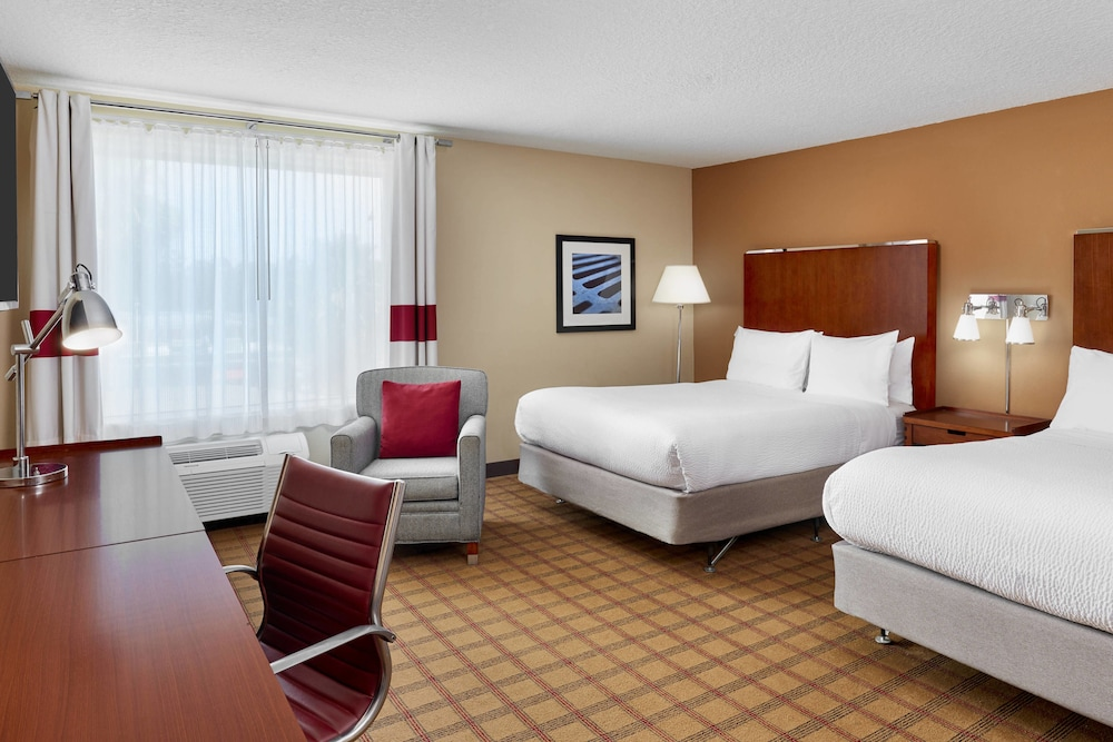 Room, Four Points by Sheraton Jacksonville Baymeadows