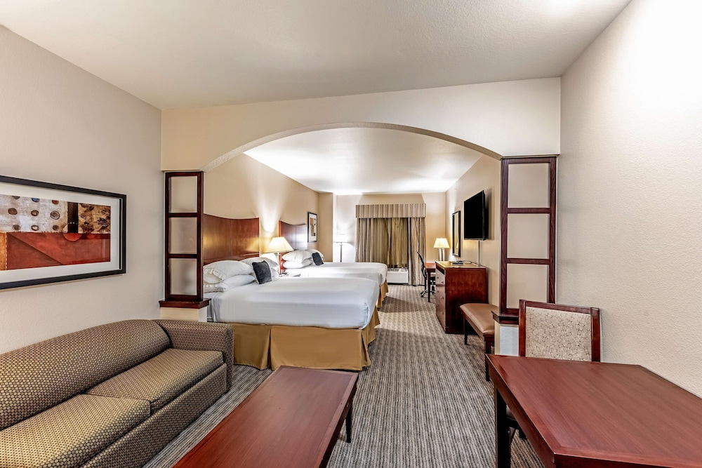 Room, Red Lion Inn & Suites Mineral Wells