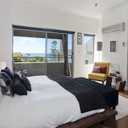 Three Bedroom Penthouse - Guestroom