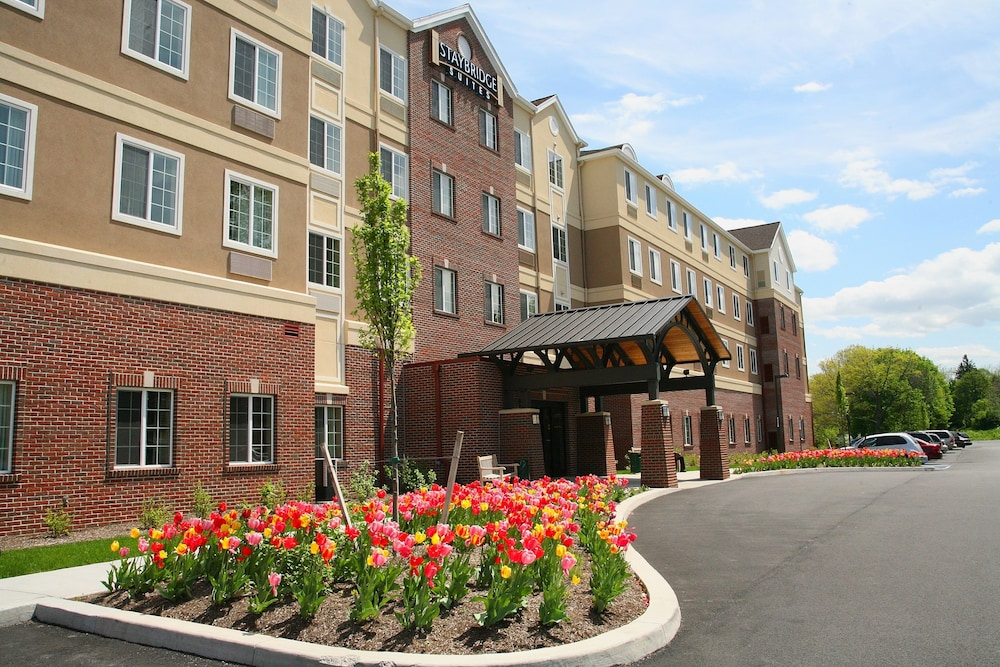 Exterior, Staybridge Suites Rochester University, an IHG Hotel