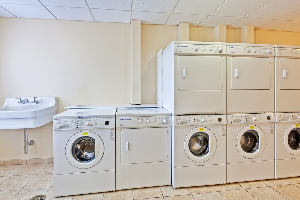 Laundry Room, Staybridge Suites Rochester University, an IHG Hotel