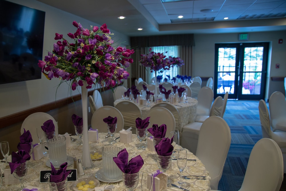 Banquet Hall, Staybridge Suites Rochester University, an IHG Hotel