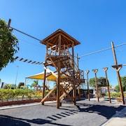Seikkailupuisto (tiimikisailuihin)