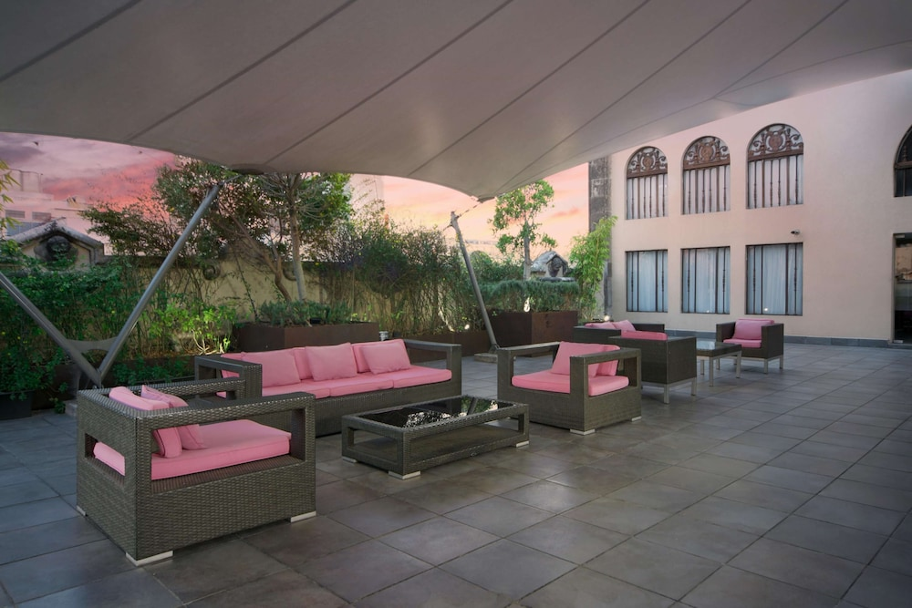 Terrace/Patio, Hampton Inn & Suites Mexico City - Centro Historico